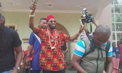 Dbanj Honoured With a Chieftaincy Title