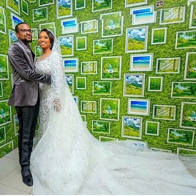 Gov Ajimobi Son Weds Gov Ganduje Daughter in Ibadan 01 (1)