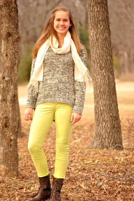 Black Sweater Aubrey Full