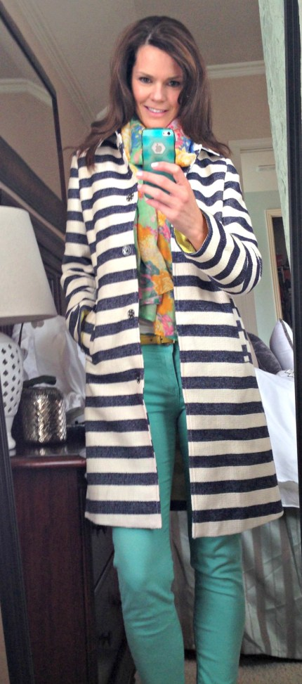 striped-trench-coat-outfit