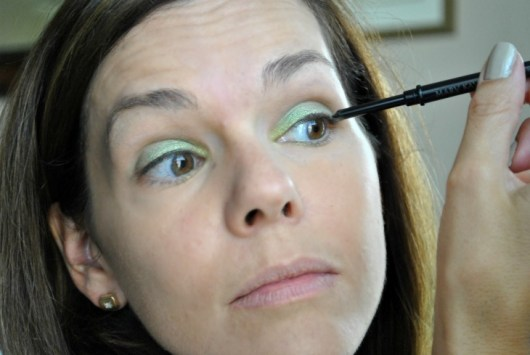 mary-kay-green-eyeliner