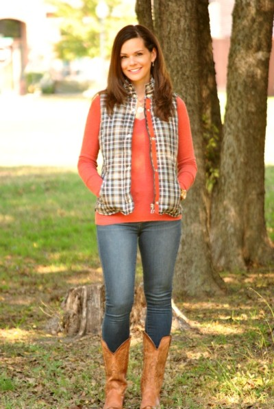 puffer-vest-skinny-jeans-cowboy-boots