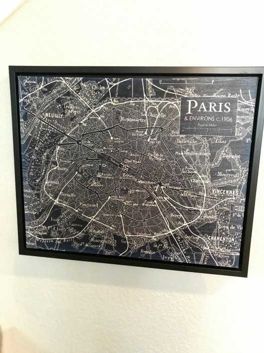 vintage-paris-map-close