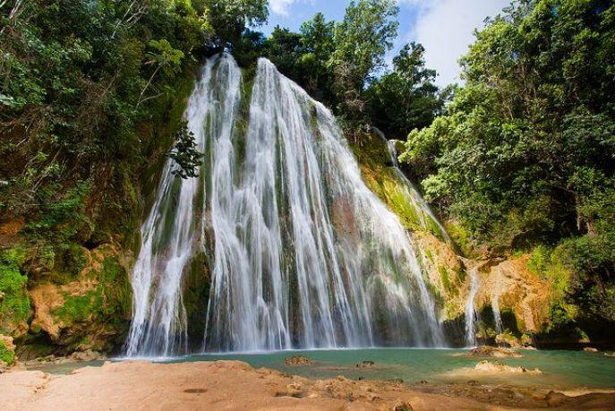 7d70d77f7885511b19d5e62bdcd24027--dream-vacations-vacation-spots