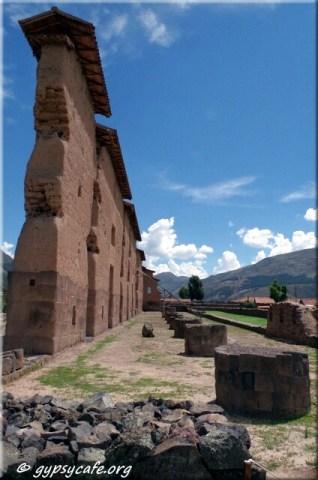 Raqchi Ruins (2) and Altars