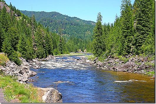 Lolo Pass River 5