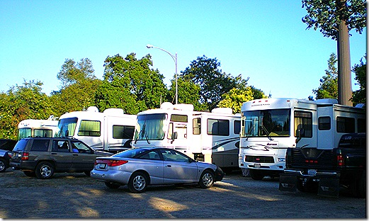 Gilroy Elks RV parking