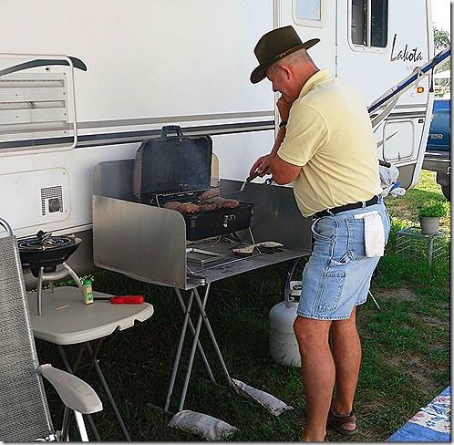 Frank Hinman cooking
