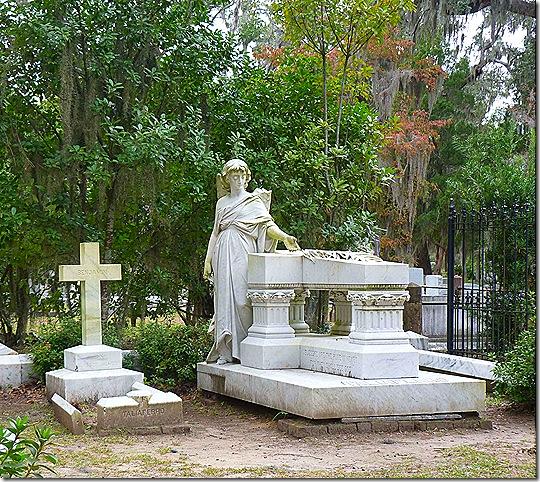 Bonavanture monument