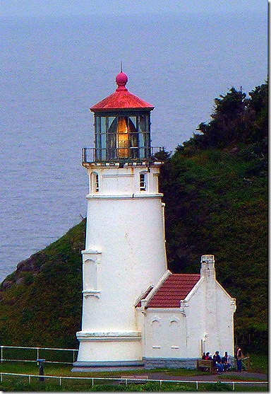 Haceta Head lighthouse 3