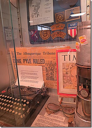 Pyle library display 2