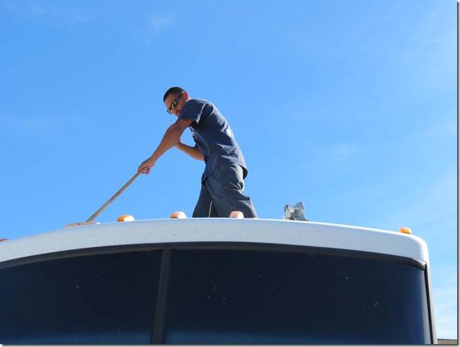 Washing roof
