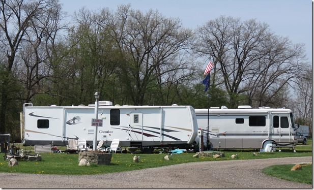 RVs Elkhart Campground
