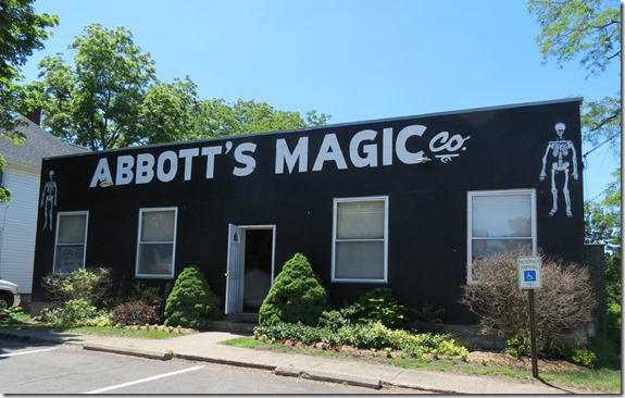 Abbott Magic outside
