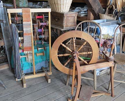 Spinning wheel small