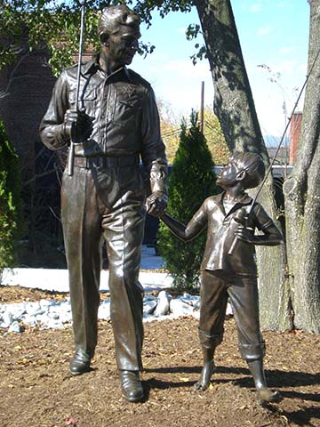 Andy Opie statue
