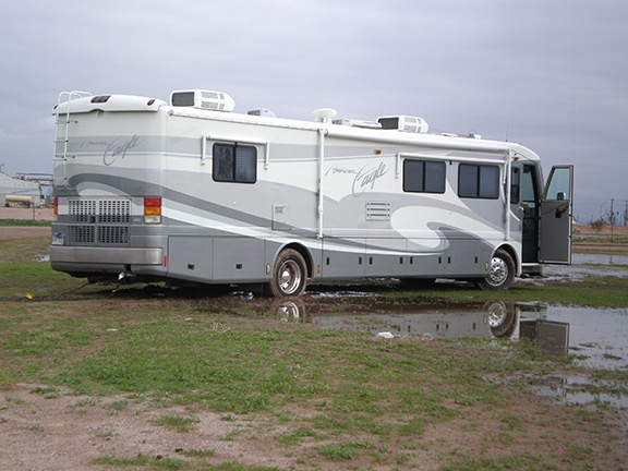 Stuck RV Casa Grande