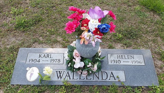 Karl Wallenda headstone small