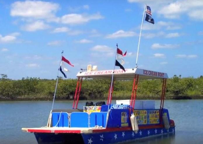 Ice cream boat 2