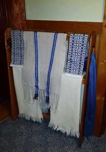 weaving-rack