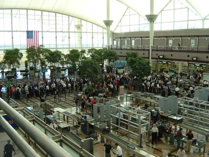 Airports made easy, a guide for those with airport stress, and speedy security.