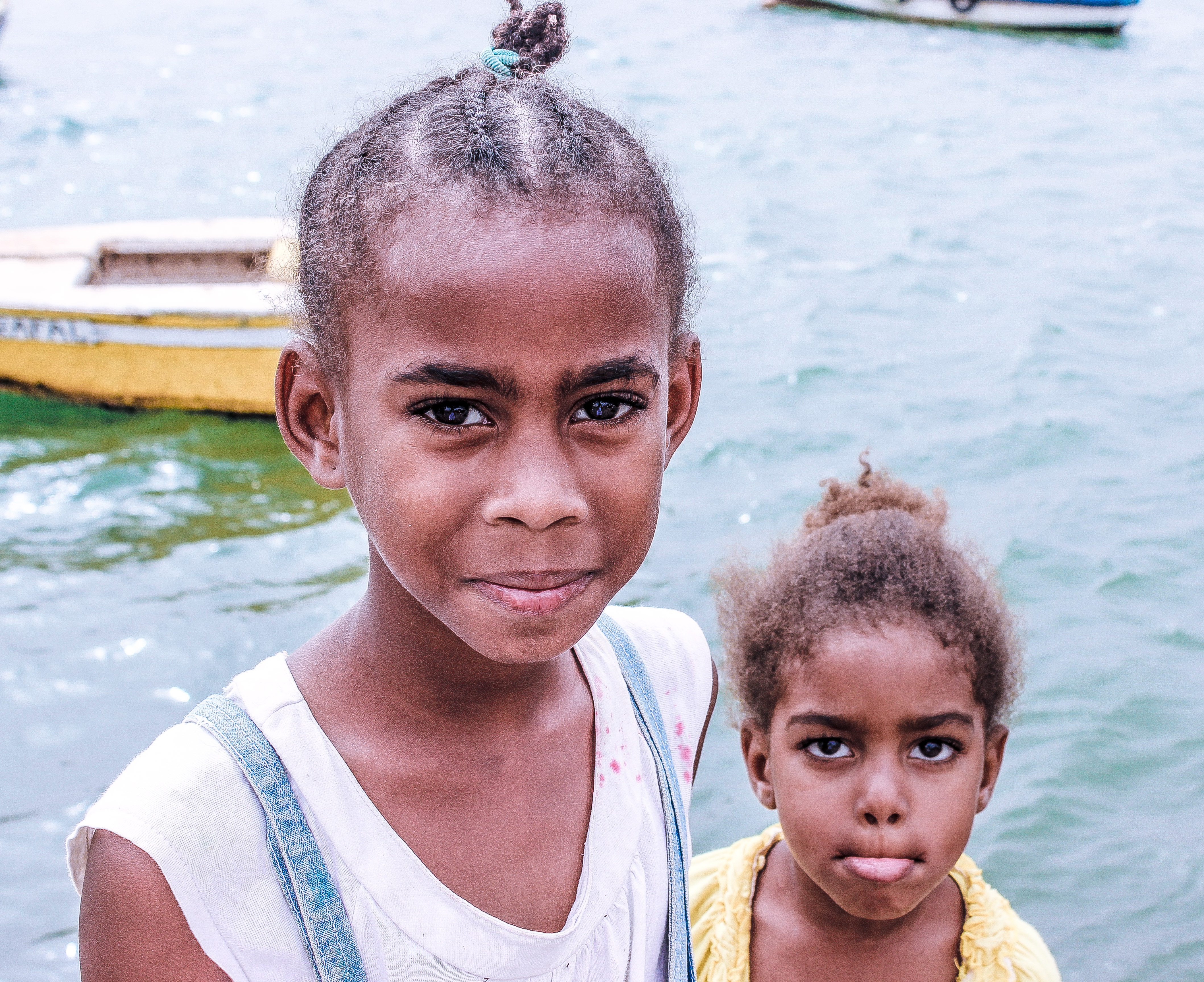 Kids in the port of Palmeira