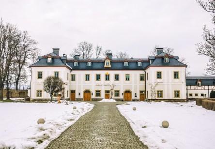 Pakoszów Palace