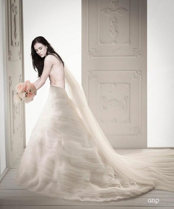 Model: Anhenmodel - Art Work: Gonzalo Villar - Photo: Vital Rudkovsky