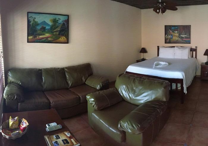 leon s mackenzie sofa get rid of old dublin casa canada corn island nicaragua big hotel photo
