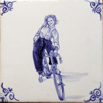 1616-Ambachten-Rennradlerin