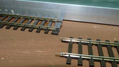 Längenausgleich auf Doppelschwelle mit Schienenlaschen