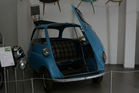BMW_Setta_Export_300_4-Rad_1958_2