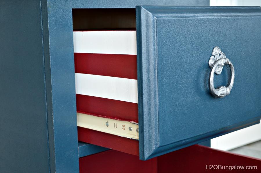 side drawer