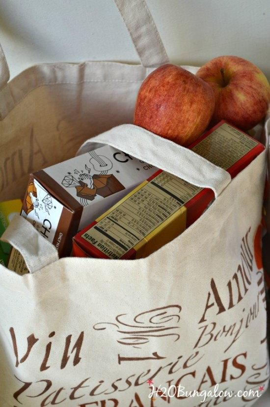 DIY reuseable canvas grocery bags are not only green, they're sturdy and look great too!  H2OBungalow.com