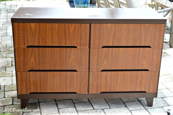 Dresser-before-stripping-paint-H2OBungalow