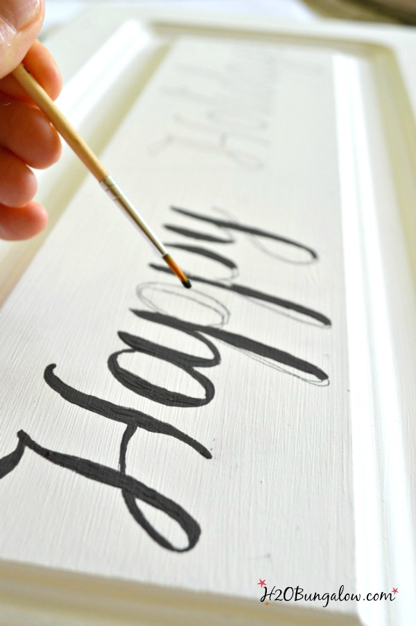 Restore-How-to-make-holidays-sign-from-door-H2OBungalow