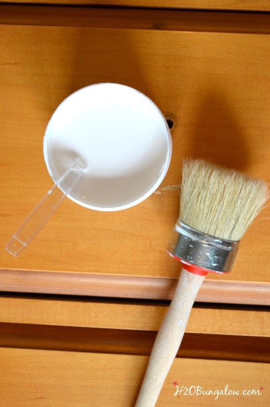 Nightstand-makeover-with-Amy-Howard-Paints-H2OBungalow