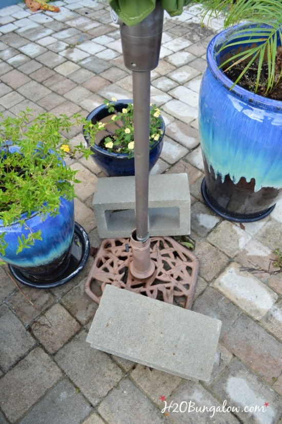 how to make a DIY planter umbrellas stand