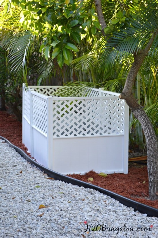 Hide the uglies in your yard with this easy privacy screen. Simple DIY fence, no tools, hardware, glue or concrete needed. H2OBungalow