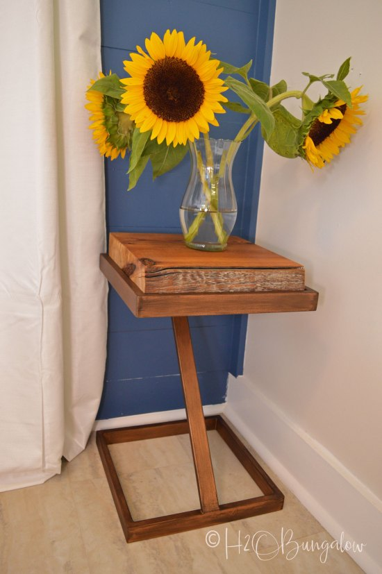DIY tutorial to make a repurposed metal and wood side table from an old gold glass table into a wood and metal contemporary or rustic side table.