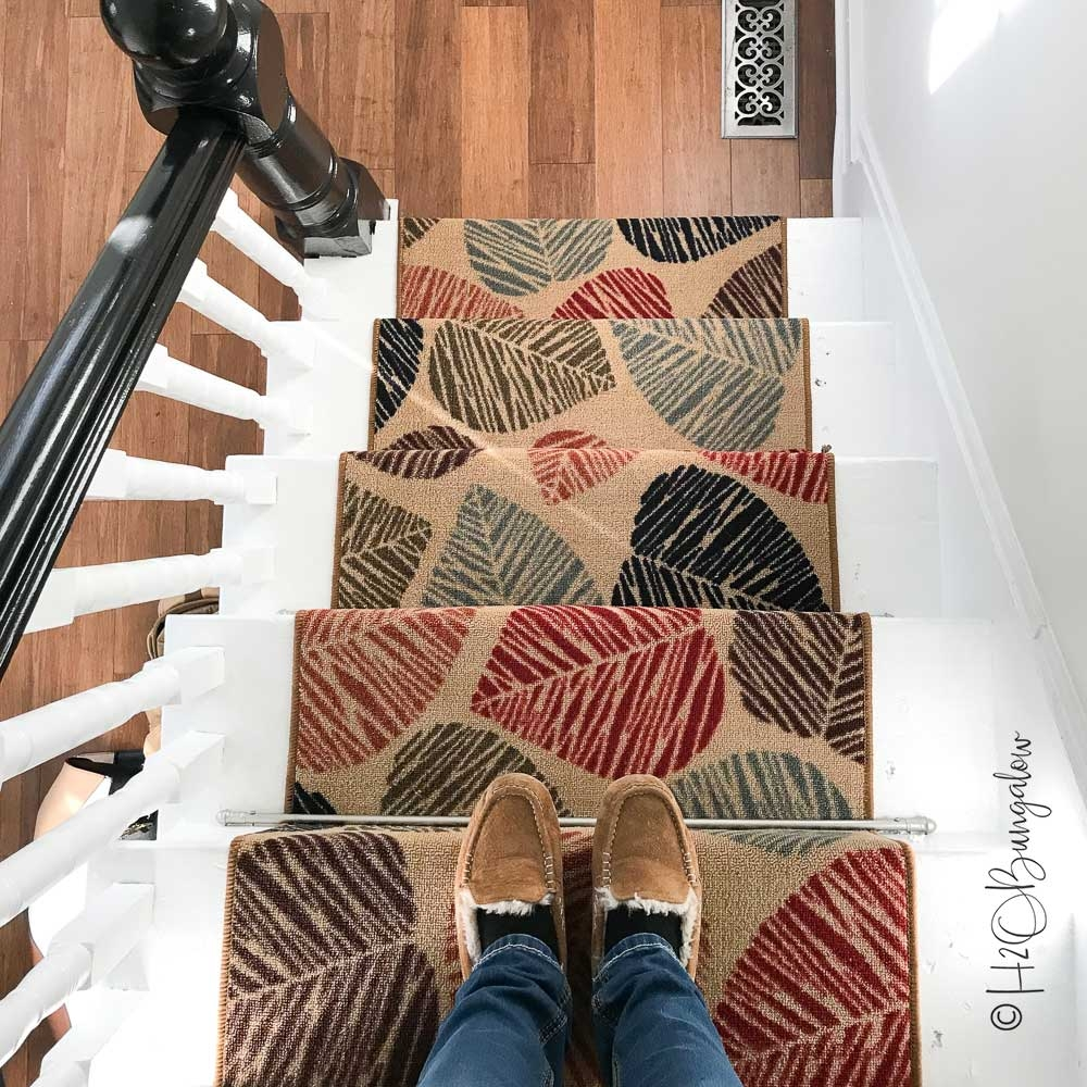 How To Install Carpet Runner On Stairs H2Obungalow | Cutting Carpet For Stairs | Carpet Tiles | Carpet Runner | Stair Tread | Wooden Stairs | Stair Runner