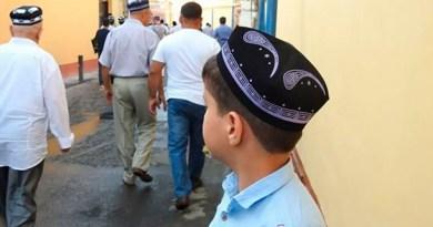 Узбекистан: школьные кружки назначат на пятницу
