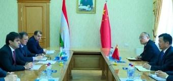 Китайские компании продолжают опустошать золоторудное месторождение в Таджикистане