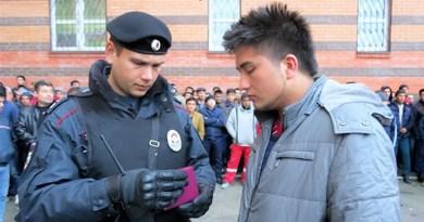 Россия трудовых мигрантов обяжут оплачивать депортацию
