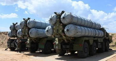 Россия разместила в Таджикистане зенитно-ракетную систему С-300ПС