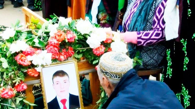 В Таджикистане после допроса милиции студент Кулябского госуниверситета повесился