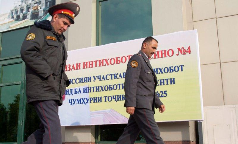 В Таджикистане сотрудники милиции собирают информацию об уехавших на заработки