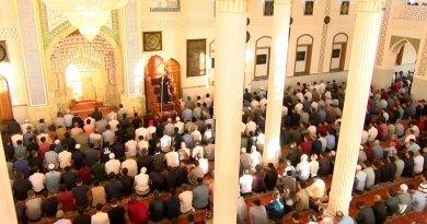 В Таджикистане снова открыты мечети