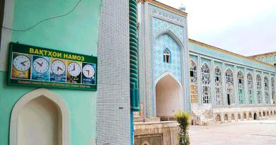 С 1 февраля в Таджикистане откроются мечети