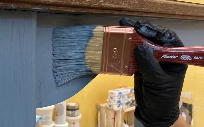 rinnovare mobile in legno con la chalk paint